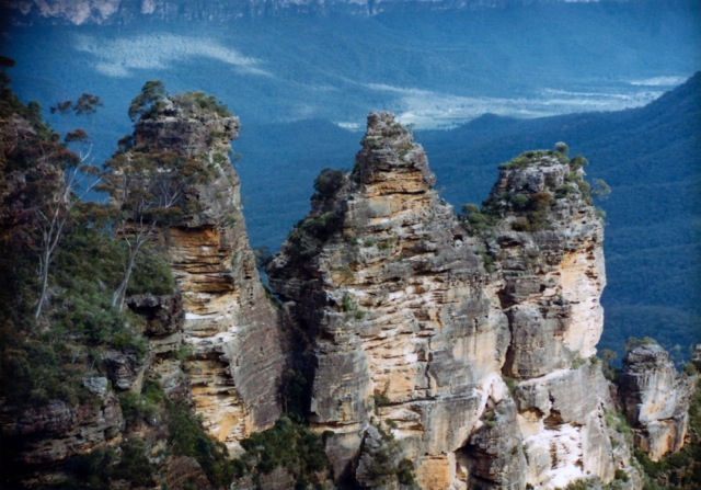 Blue Mountains Views 1986 - Three Sisters